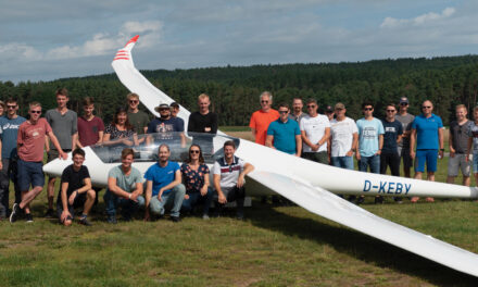 Treffen der Luftsportjugend am Fuße des Heidenbergs